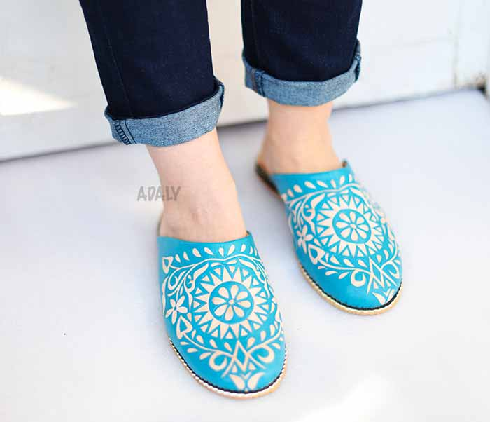babouches-nezha-turquoise-2019 Buy leather slippers engraved round babouche with heel