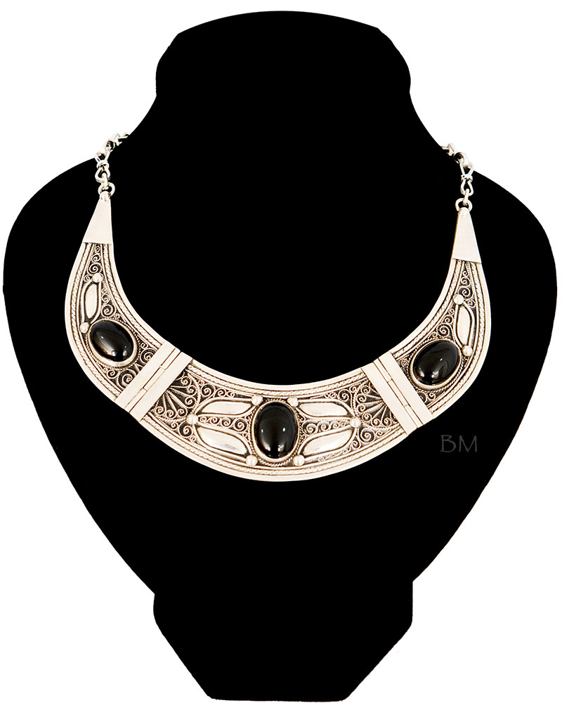 Tuda Silver Plastron Necklace